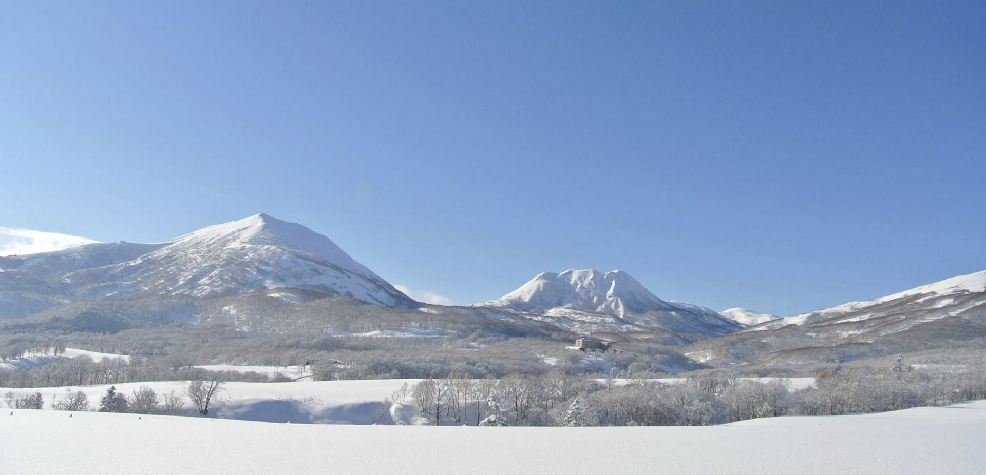 View of Niseko mountains